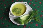 Zupa z zielonych ogórków