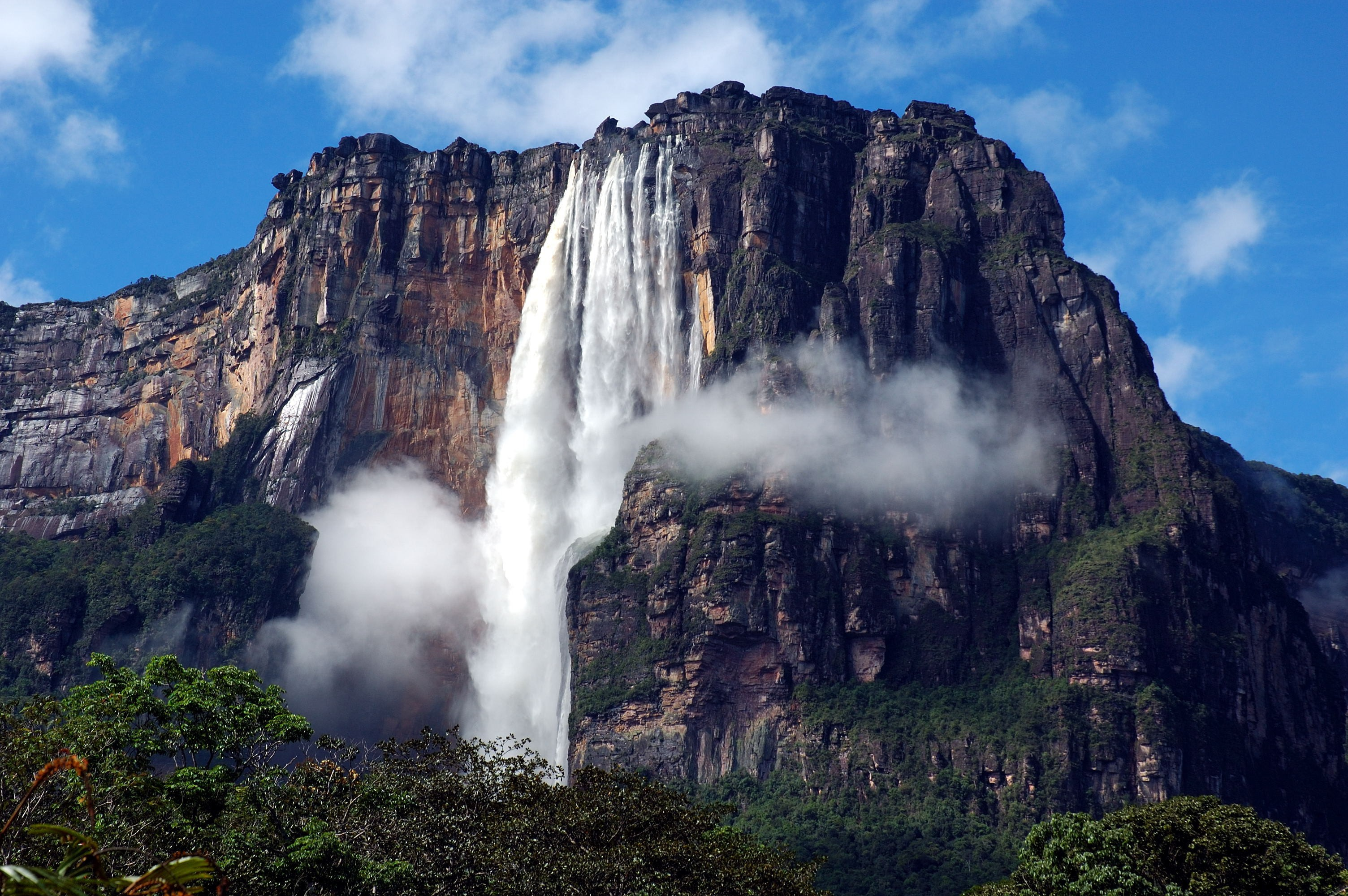 venezuela-canaima-national-park-waterfall-angel-falls