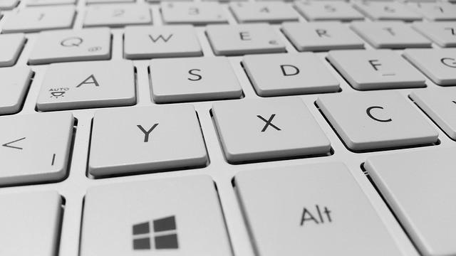 keyboard-886462 640